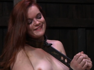 Chick is sex toy her perfectly juice fanny