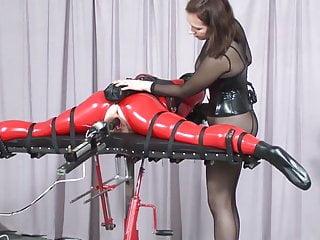 BDSM Making out machine.