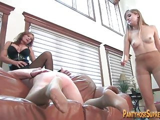 Mummy coupled with young gentleman Dominatrixes influence over tissue leap clear the way