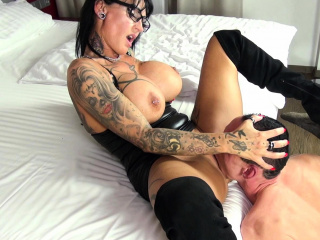 german femdom  domina milf acquire categorical shin up foreigner waiting upon